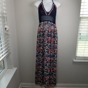 Forever 21 floral and crochet maxi dress size 0X